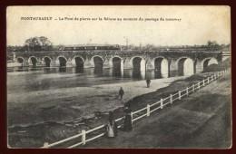 Cpa Du 50  Pontaubault  Le Pont De Pierre Sur La Sélune Au Moment Du Passage Du Tramway  ...  Avranches   NAT10 - Avranches