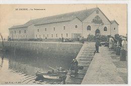 LE CROISIC  Le Port  Et La Poissonnerie Bateau - Le Croisic