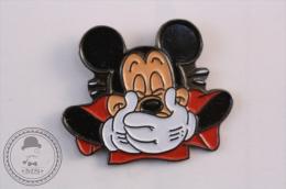 Walt Disney Mickey Mouse Laughing - Pin Badge - #PLS - Disney