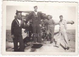 MILITARI  (  Marinai Addetti Al Pezzo Navale Da 152 Mm.  Amstrong )  /  Regia Marina _   Foto  Formato Cm. 6 X 8,5 - Guerre, Militaire