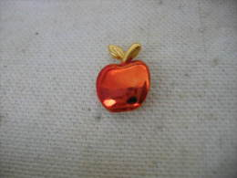 Pin´s Petite Pomme Rouge - Food