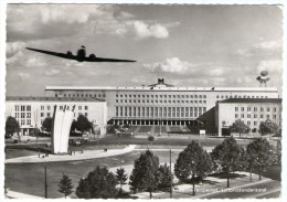 GERMANY/ALLEMAGNE - BERLIN-TEMPELHOF LUFTBRUCKENDENKMAL / AIRPORT / AEROPORT / AEROPORTO / AVION/AIRPLANE /BERLIN STAMPS - Aerodromi