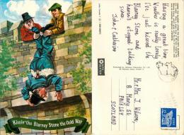 Kissing The Blarney Stone, Ireland Postcard Posted 1981 Stamp - Ireland