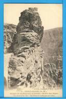 CP, 06, GUILLAUMES, Gorges De Guillaumes Et Daluis - Route Des Alpes, Vierge - France