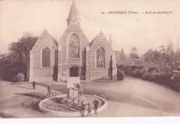 MOERBEKE : Kerk En Standbeeld - Moerbeke-Waas