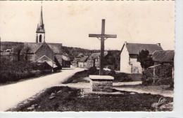 La Telhaie..le Calvaire..l´Eglise.. Rattachée à Guer - Andere Gemeenten