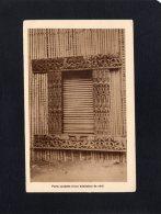 46780   Camerun,  Camerun Francais,  Missions Des Pretres Du Sacre-Coeur De St-Quentin,  Porte Sculptee,  NV - Camerun