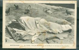 Abyssinie  -  13  - La Literie : Une Peau De Vache Sert De Matelat Et Un Morceau De Bois D'oreiller  Daz52 - Ethiopie