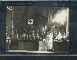 6498 - Petite PHOTO 7.5X10.5 : Vente De Charité Dans Un établissement Des Bds Organisé Par Les Dames De La CROIX ROUGE - Photos