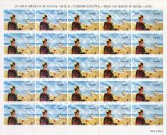 Ref. 239921 * MNH * - SPAIN. 2010. TOURISM. WOMAN WEARING MANILA MANTEL . TURISMO. MUJER CON MANT?N DE MANILA. - 1931-Aujourd'hui: II. République - ....Juan Carlos I