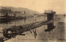 Superstructure D´un Sous-Marin. - Sous-marins