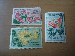 Gabun: 3 Werte Blumen - Gabun (1960-...)
