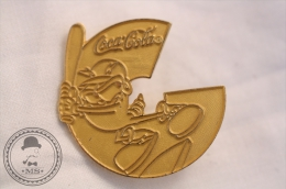 Coca Cola Olympic Sponsor - Izzy Mascot With Baseball Bat - Golden Pin Badge - #PLS - Coca-Cola