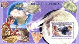 Ref. 312707 * MNH * - GUINEA. 2006. CENTENARY OF THE SCOUTS . CENTENARIO DEL ESCULTISMO - Minerals