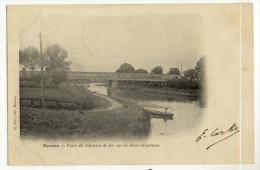 MARANS. - Pont Du Chemin De Fer Sur La Sèvre-Niortaise.  Pêcheur En Barque.Carte Pionnière - France