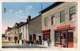 Grandpré, La Rue Chantereine (vers La Place) - France