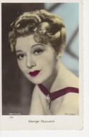 Photo  D´artiste  En Couleur - EDWIGE FEUILLERE --  Films  Osso --  Photo FORSTER - Format C.P.   Dentellé Brillante - Famous People