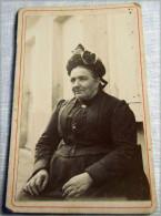 Carte Photo   Femme D'intérieur Avec Coiffe Ci1880-1904 - Anonymous Persons
