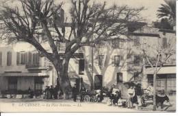 CPA, Le Cannet, La Place Bellevue - Autres Communes