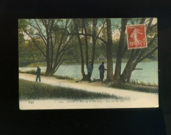 Lyon Parc De La Tête D Or Une Vue Du Lac  Pêcheur   ELD - Lyon