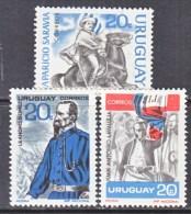 URUGUAY  737-9  * - Uruguay
