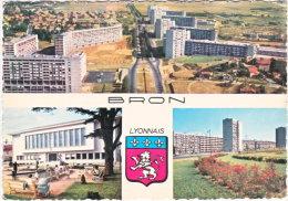 69. Gf. BRON. Les Grands Immeubles Et L'Hôtel De Ville Et Fonterme. 803 (2) - Bron
