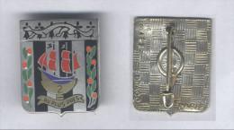 Insigne Du 2e Régiment D´Infanterie - ( Nef Dorée ) - Armée De Terre