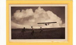 TRANSPORTS / AVIATION / PLANEURS / SPORTS / VOL A VOILE / La Lancer D´un Avia 15 A / Animation - Avions