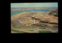 NEW YORK QUEENS : LA GUARDIA AIRPORT  Aeroport Avion Airplane Flughafen Flugzeug - Queens