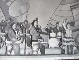 Photo Format CPSM Roujan Hérault. Orchestre Pédro Moréno - Altri Comuni