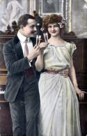 Liebespaar Beim Anstossen, Junge Sehr Hübsche Frau, 1910?, Ecken Bestossen - Paare