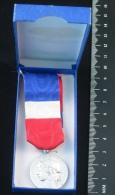 Médaille D´honneur Du Travail—Argent—20 Ans—1981 - Professionals/Firms