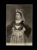 29 - CHATEAUNEUF-DU-FAOU - Costumes - Coiffes - - Châteauneuf-du-Faou