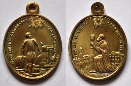 MED 100 - ANTICA MEDAGLIA  - MIRACOLO IN TORINO 1453 / CENTENARIO IN TORINO 1853 - DIAMETRO Mm. 15x30 - Religión & Esoterismo