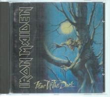 "CD  - IRON MAIDEN  "" FEAR OF THE DARK ""   12  TITRES - Autres - Musique Anglaise"