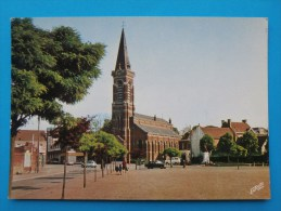 Cpm 59 PHALEMPIN L Eglise  Monument,voitures Anciennes,commerces Animation - France