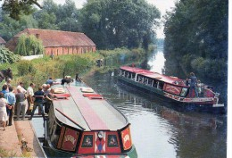 ROYAUME-UNI .Motor Barge Avon And Horse-drawn Kennet Valley. - Other
