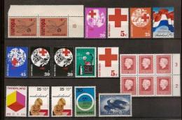 Nederland Lotje Met Postfrisse Zegels  MNH ** Allen In Zéér Goede Staat ! Inzet Aan10 € ! - Unused Stamps