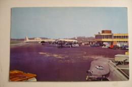 AEROPORT / FLUGHAFEN  / AIRPORT       CINCINNATI - Aerodrome