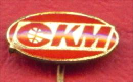 F2292 / CKM - Travel Agency  - Czechoslovakia Tchecoslovaquie Tschechoslowakei - Badge Pin - Marche