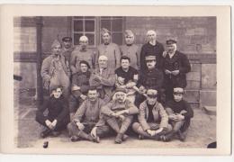 Carte Postale Ancienne Photo  Groupe De Militaires Blessés - Personnages