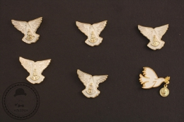 6 White Holy Pigeons - Religious  Pin Badge  - #PLS - Religión & Esoterismo
