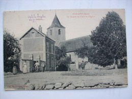Ma Réf: 73-15-9.              DOUAINS      Le Bureau De Poste Et L´Eglise. - Sonstige Gemeinden