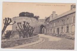 COUCY LE CHATEAU - N° 30 - LA PORTE DE SOISSONS ET CAFE BILLARD - Autres Communes