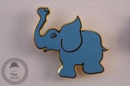 Blue Elephant Pin Badge - #PLS - Animales