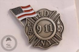 New York Fire Department USA - Fireman/ Firefighter Pin Badge - #PLS - Bomberos