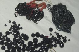 LOT PERLES NOIR JAIS Pour Restauration COLLIERS ANCIENS - Necklaces/Chains