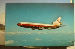 AIRLINE ISSUE / CARTE COMPAGNIE     WORLD AIRWAYS   DC 10 30 CF - 1946-....: Moderne