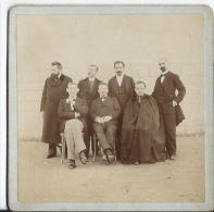 PHOTO Groupe Hommes - Personnes Anonymes