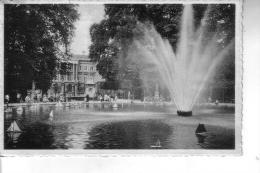 Belgio Bruxelles -- La Grande Fontana Nel Parco E Il Parlamento -- 10 9 1958 - Foreste, Parchi, Giardini